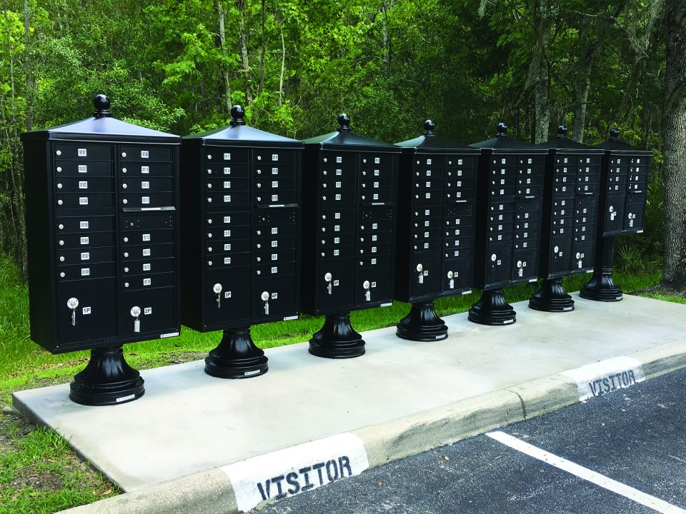 black cluster box units