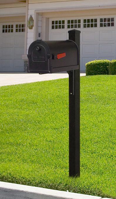 Wellington square aluminum mailbox post SPK-720 with Savannah Curbside Mailbox